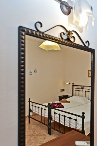 tinos-apartments-01
